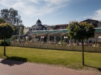 """Restaurant """"Zur Seebrücke"""" Boltenhagen - Terrasse im Sommer"""